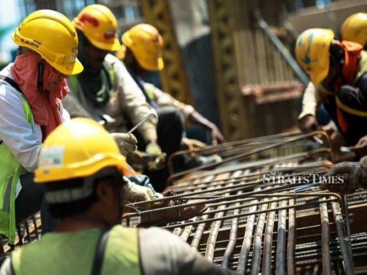 3.3 Workers (IGCSE Microeconomics)