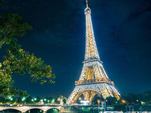 Full resource bundle PARIS ANTHOLOGY (AQA English Language & Literature)