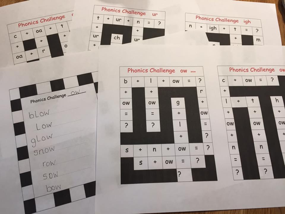 Phonic crossword challenge activity ow ow ur igh  oa ai ir ea air ar or ou