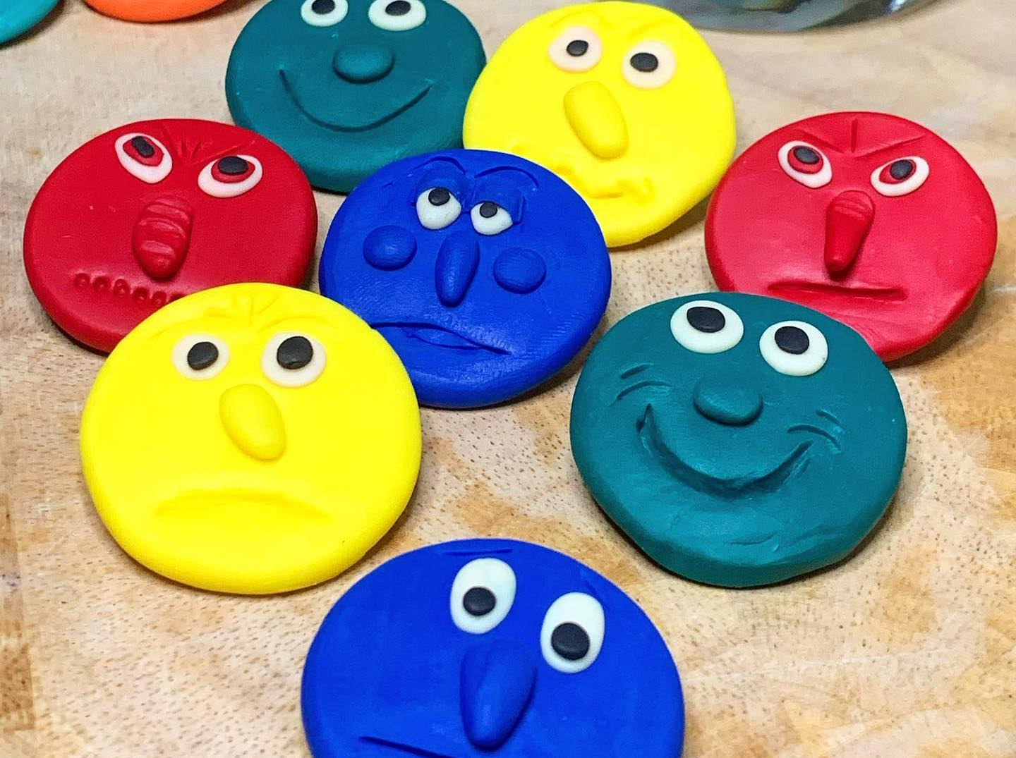 Polymer clay emotions faces (8 faces per set)
