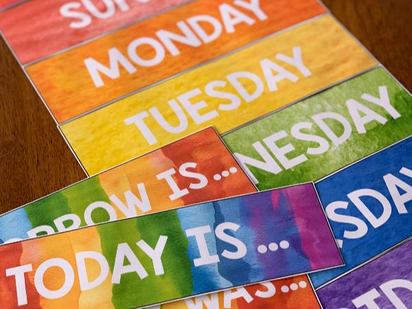 WATERCOLOR PAINT Editable Days of the Week Display
