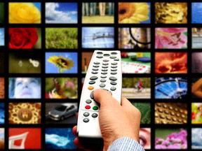 El cine, la televisión y la tecnología (technology and leisure)