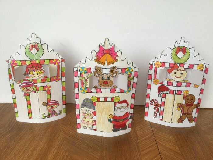 Christmas Crafts - Happy Holidays Houses