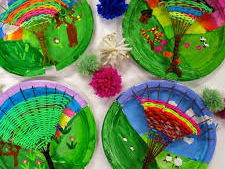 THIS IS YORKSHIRE ART& DT WEAVING PROJECT YEAR 3 WITH LINKS TO ARTIST DAVID HOCKNEY