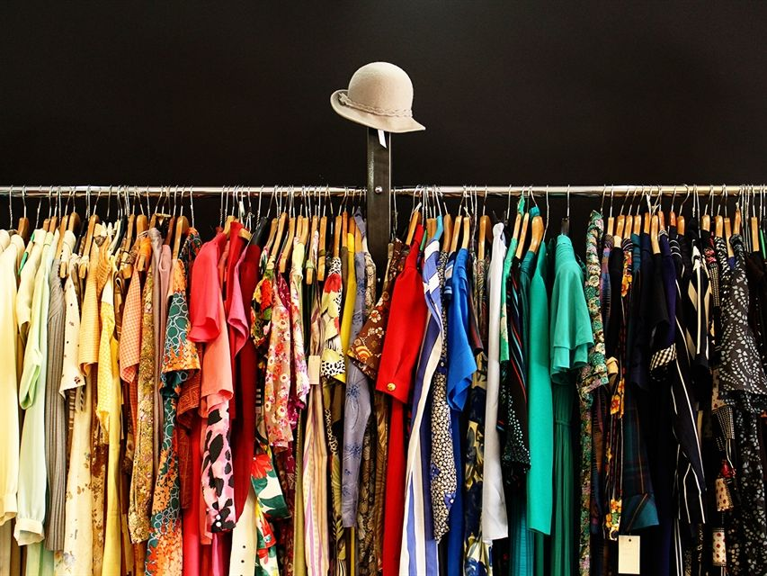 La Ropa: clothes, colours, adjective agreement and more!