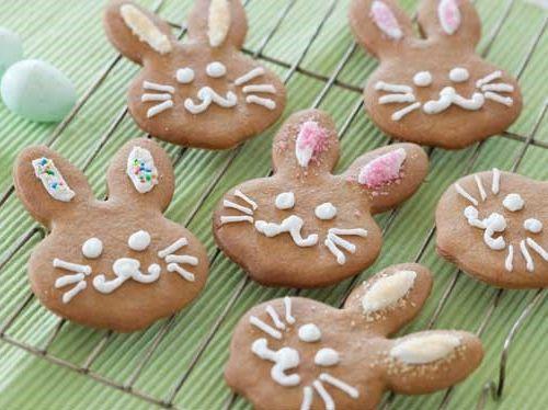 Easter Gingerbread Rabbits - Baking Task