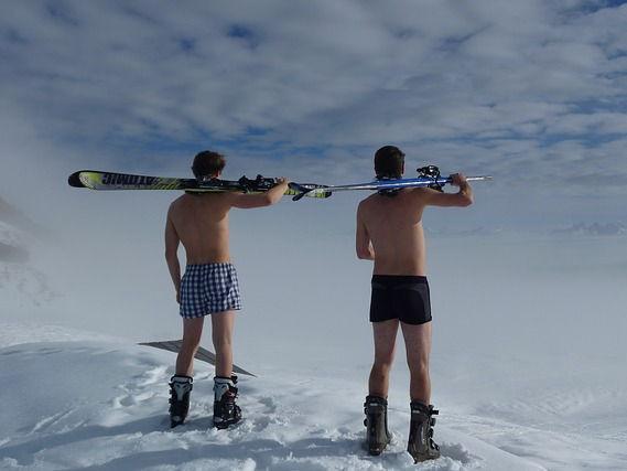 30 Mountain Sports Photos PowerPoint Activties
