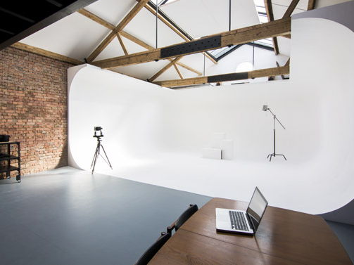 Characteristics of a Photographic Studio Unit 9 Unit 17 Unit 24 unit 25 unit 26