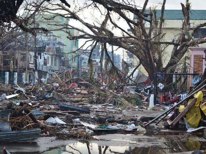 Edexcel B Hazardous Earth Lesson 1.6a+b 'Haiyan - what were the preparation, impacts and responses?'