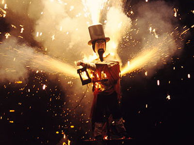 Bonfire Night: Functional Skills English Reading - Entry Level 1 (Guy Fawkes)