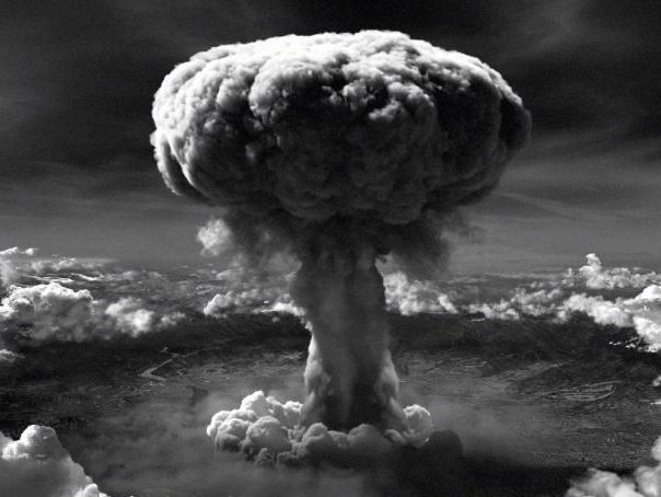 The Manhattan Project, Hiroshima, Nagasaki and The Atomic Bomb