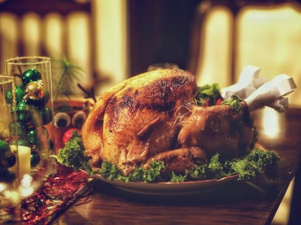 Writing A Christmas Dinner Invitation: English Functional Skills