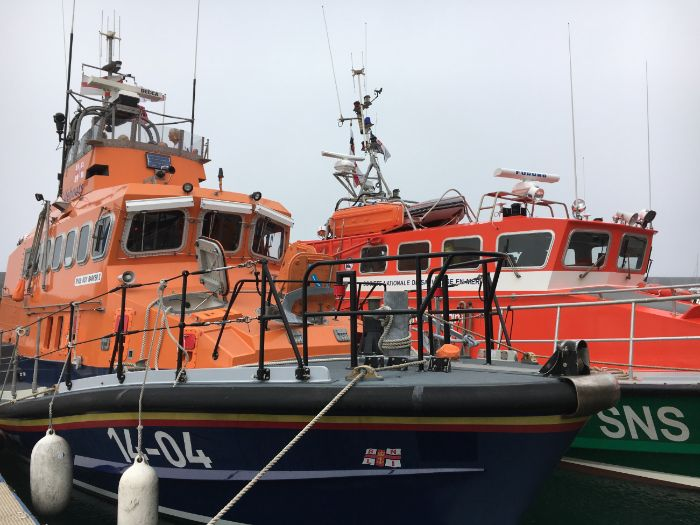 RNLI and SNSM Life Boat Photos: People Who Help Us