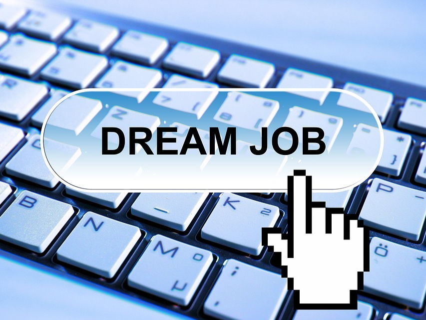 Essential documents for a job application - CV and Cover letter