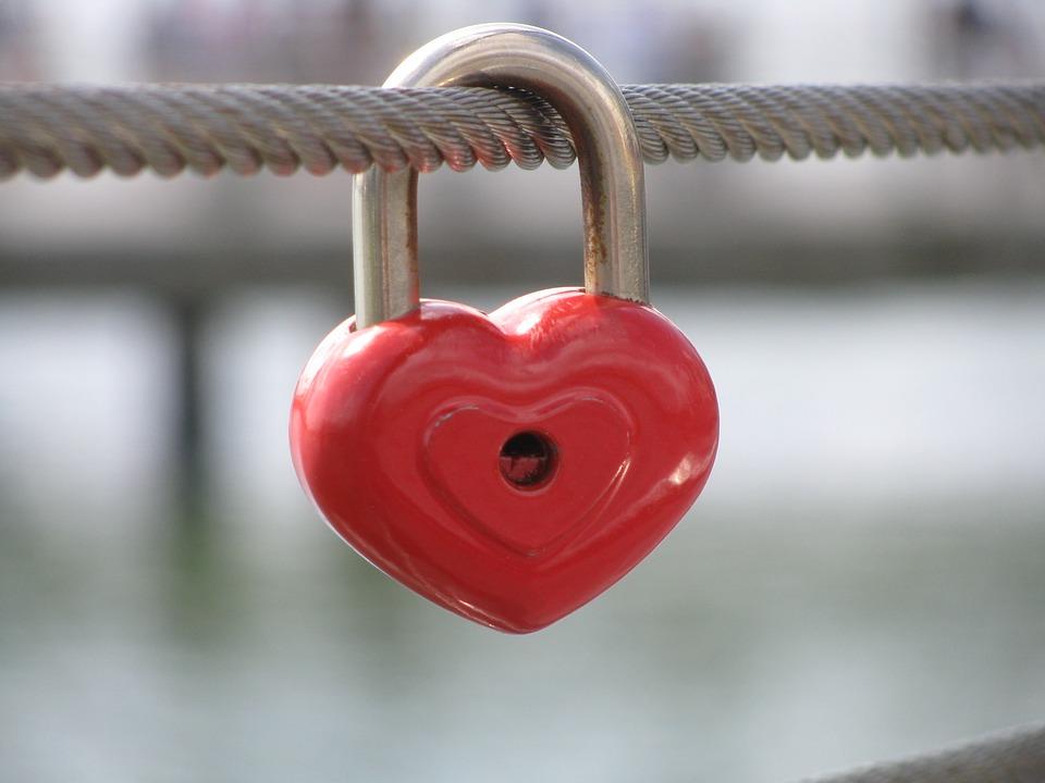 'Enduring Love' by Ian McEwan  - exploring writer's method