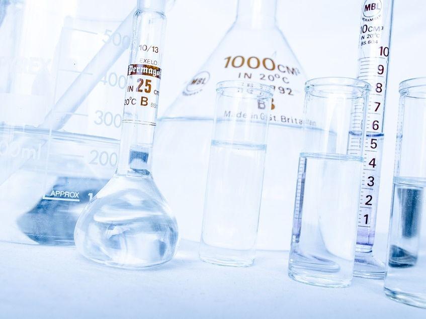 Year 7 presentation on laboratory equipment
