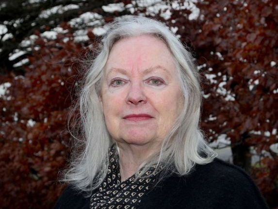 GCSE English Literature 9-1:Poetry: Gillian Clarke - Catrin