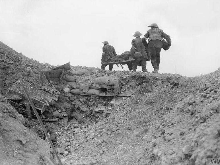 Battle of the Somme: injuries, treatment and the trenches