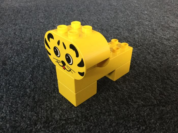 Duplo Tiger. Lego-Based Therapy