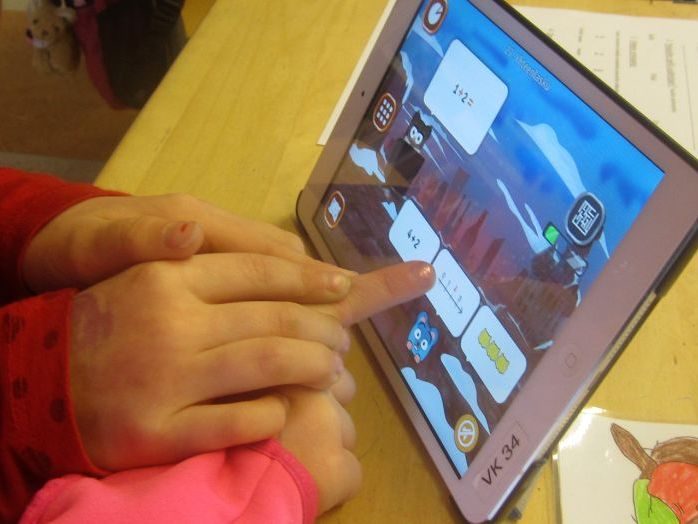 AI, gamified and flipped classroom in Finland