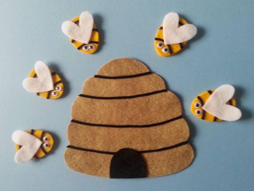 Here is the Bee Hive Felt Board Pattern PDF