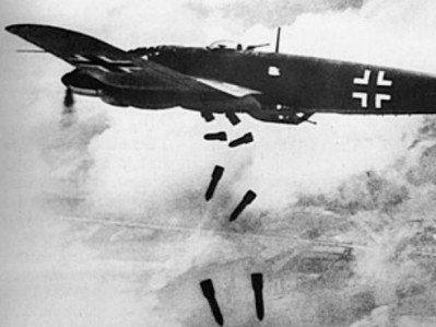 WW2 Air Raid Newspaper Report - Model text and blank template. KS2 (Year 5&6)