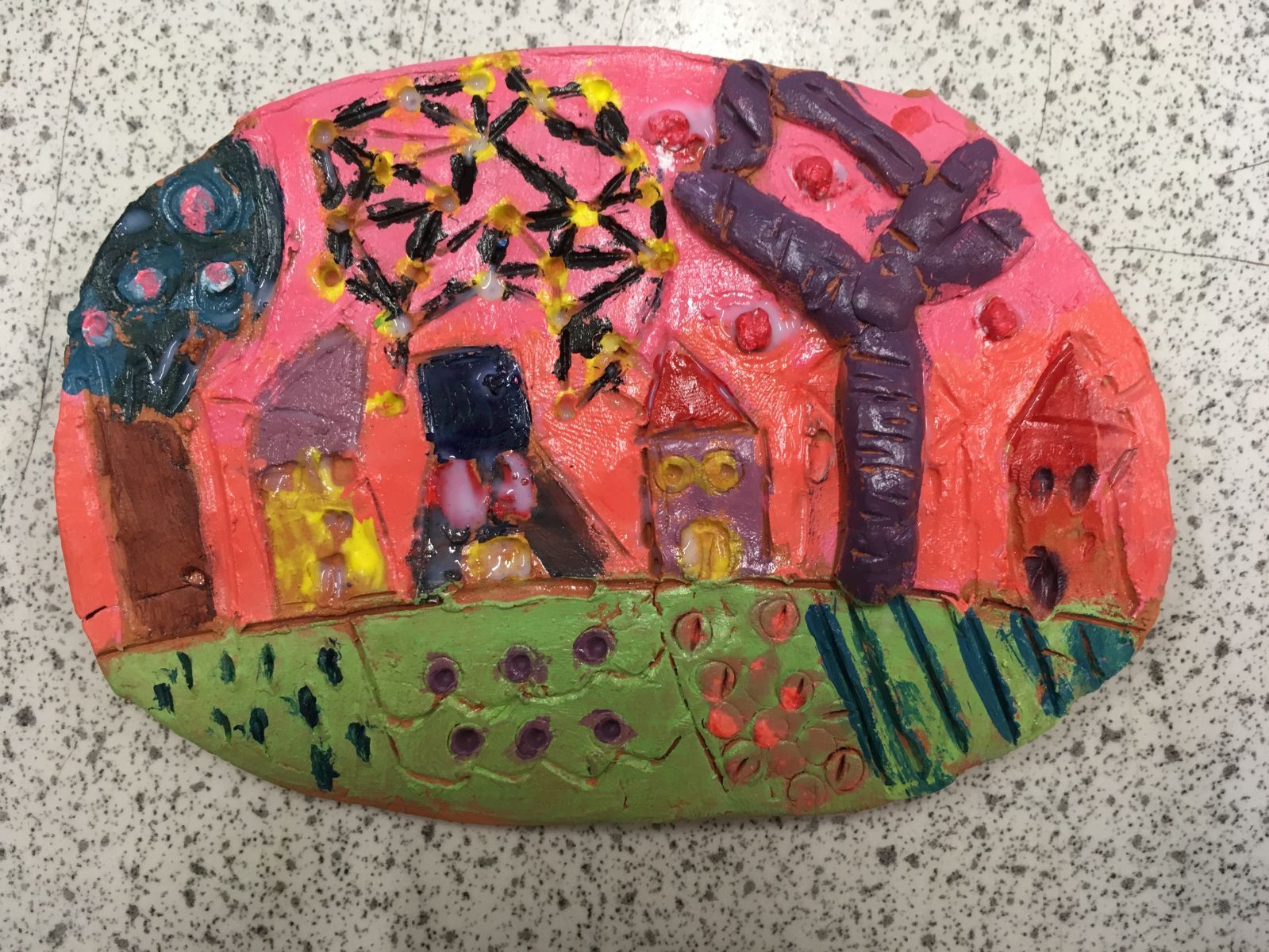Making a clay tile and learning to draw a sphere: Hundertwasser