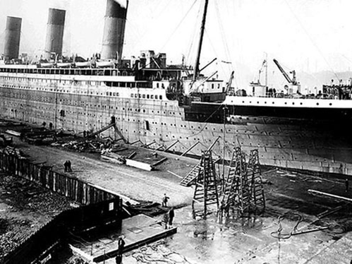 Why was the sinking of the Titanic so controversial?