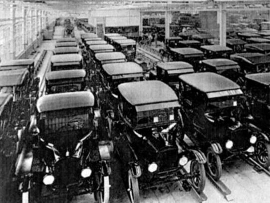 Mass Production in 1920s - IGCSE -  Henry Ford - Model T and Assembly Line