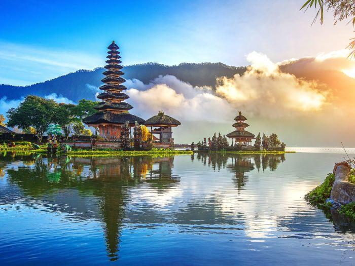 Travel and Toursim Destinations Project