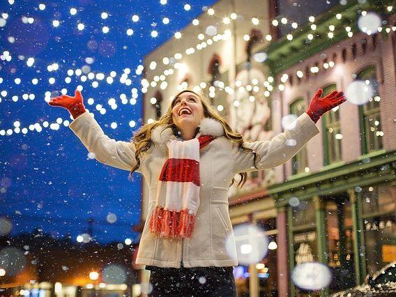 Christmas Team Challenge - 4 lessons - Christmas around the World