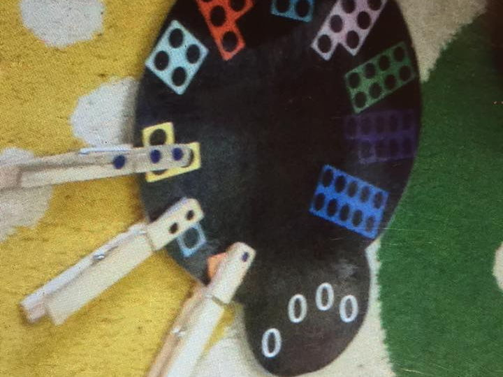 Spiders, Halloween, counting, fine motor skills, numicon and number recognition Reception