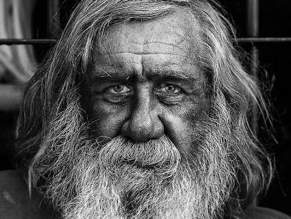 Model example for writing to describe KS3 KS4 - old man's face.