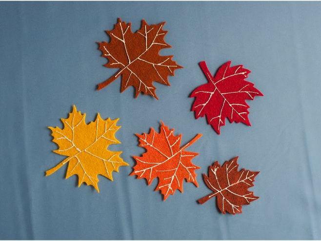Five Little Leaves in the Tall Tree Felt Board Set Digital Pattern