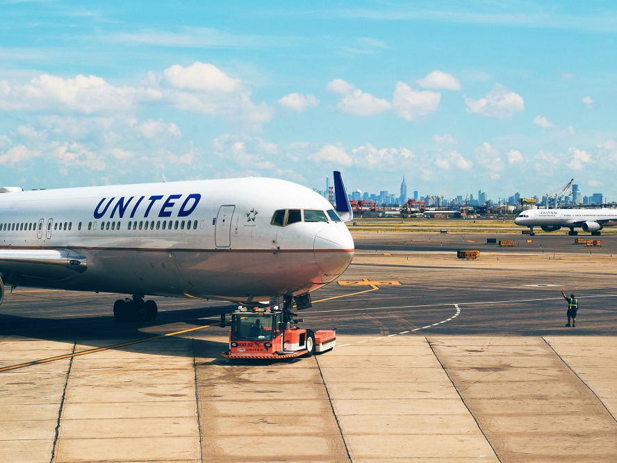 The United Airlines fiasco: Passenger dragged off flight