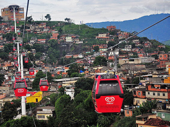Improving favelas, Helping the urban poor, The Favela Bairro Project