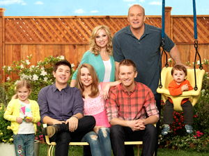 Good Luck Charlie S1-E1