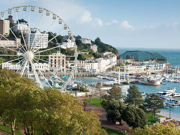 How is tourism managed in Torquay? A tourism case study