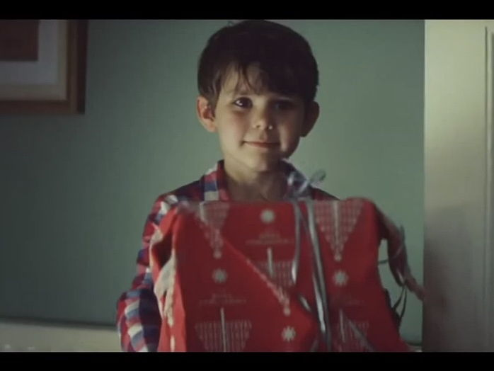 English / Literacy First Person Recount  - Countdown to Christmas (2011 John Lewis advert)