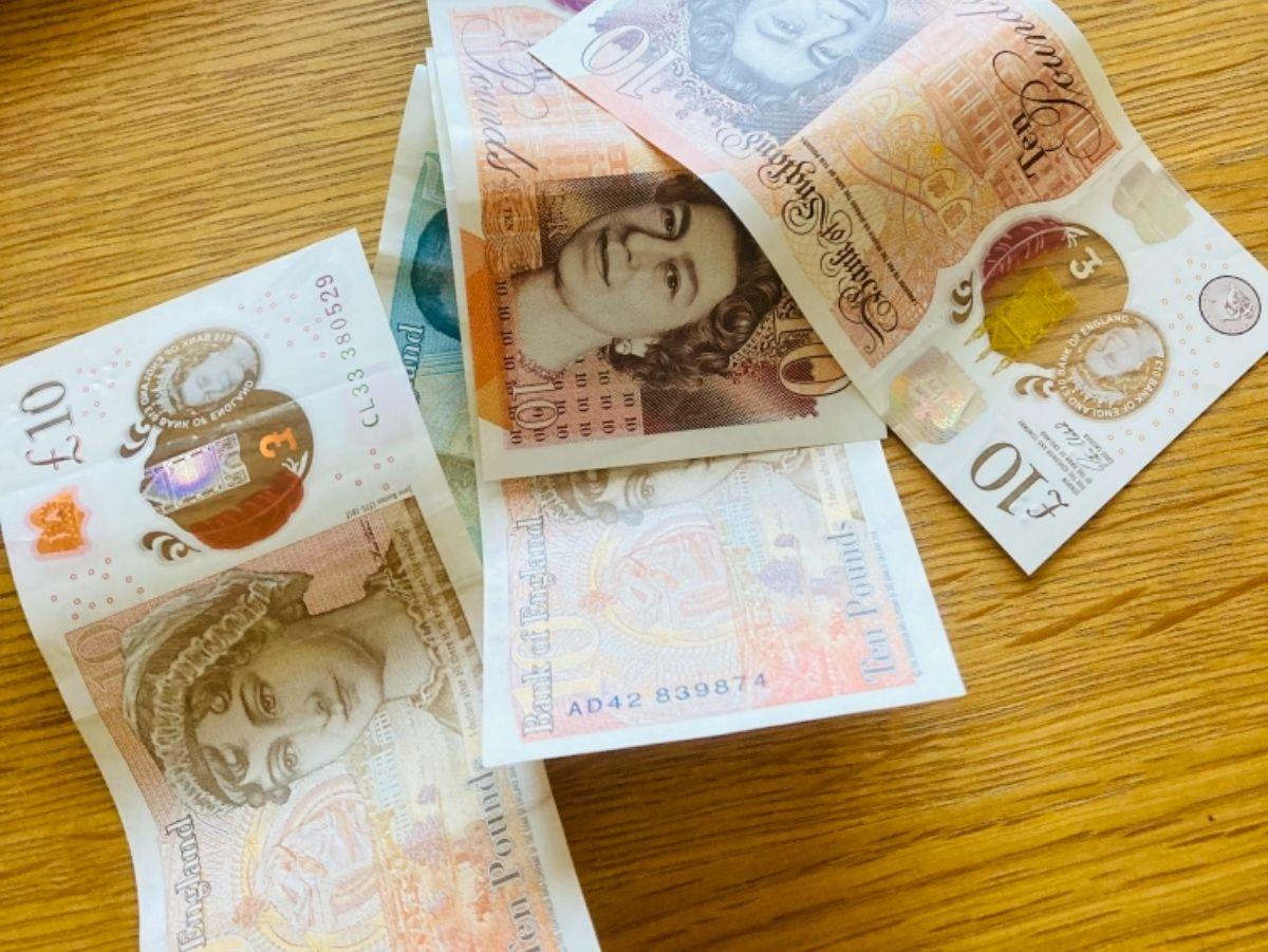 Mega Value back to school bundle 2 (RRP £36)