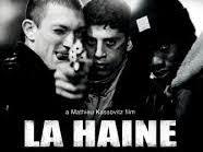 """Essai """"Pour beaucoup de critiques, La Haine est un chef d'œuvre du cinéma."""""""