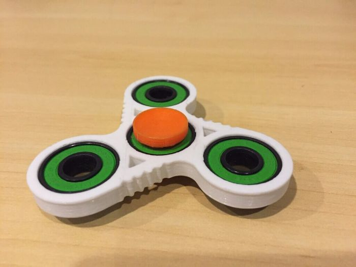Random Pupil Selector using Fidget Spinner
