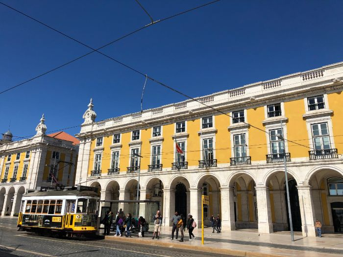 Lisbon: 30 Photos for use in class and your teaching resources