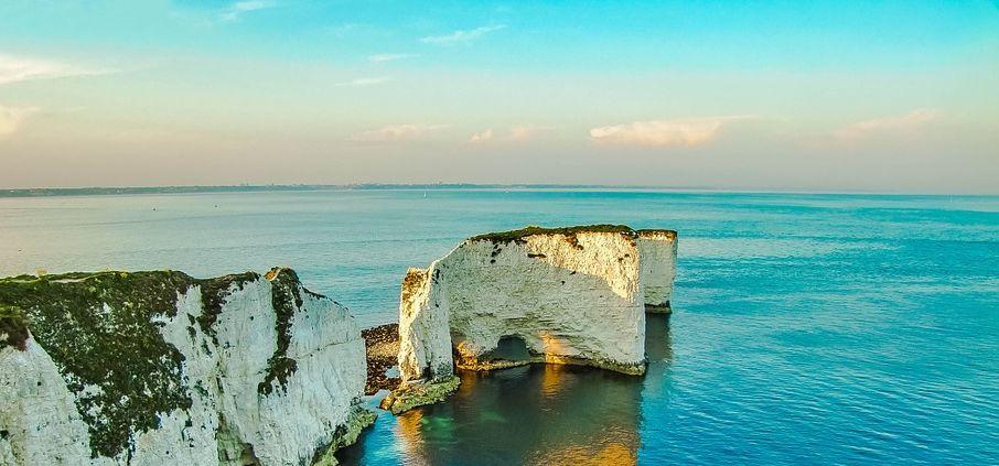 GCSE 9-1; coast - coastal landforms - landforms on a headland, cave, arch, stack, stump