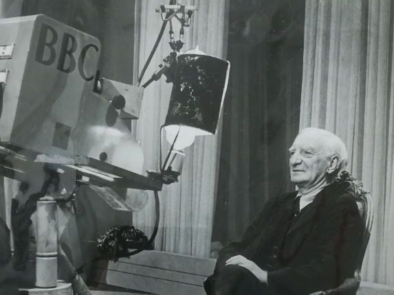 William Beveridge, Unemployment and Broadcasting in the 1930s