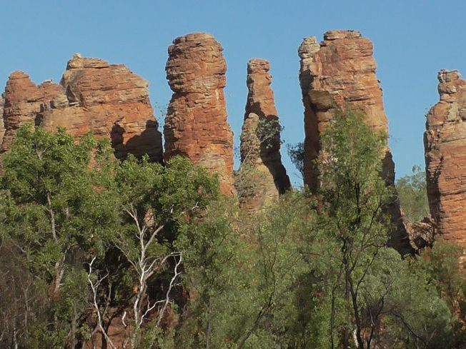 AUSTRALIAN LANDFORM - THE DISSECTED SEDIMENTARY SANDSTONE PLATEAU OF LIMMEN