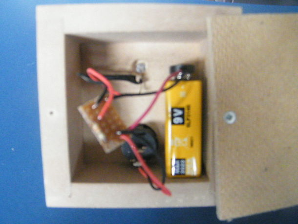 Student friendly guide to produce low voltage child's nightlight/logo light circuit. (*Circuit ONLY)