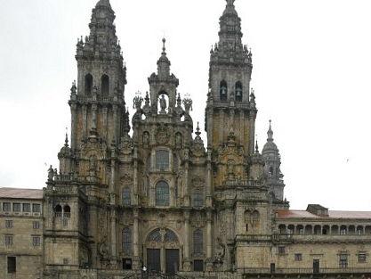 El Camino de Santiago / El Prestige; 2 units about Galicia - Intermediate