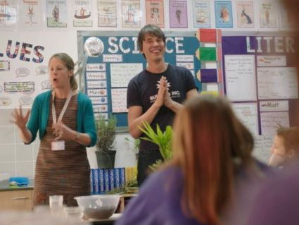 Brian Cox school experiments: Do plants need soil to grow?