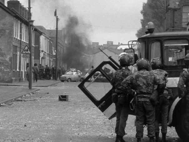 war photographer and belfast confetti